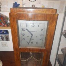 Relojes de pared: ORGINAL RELOJ DE PARED AÑOS 30 MARCA ROMAN CARGA MANUAL. Lote 139353120