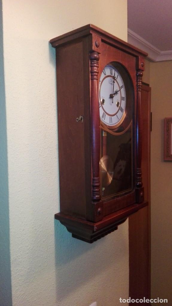 Relojes de pared: RELOJ DE PARED MARCA CONDOR.CUERDA 7-8 DÍAS .FUNCIONANDO BIEN. - Foto 10 - 139461114
