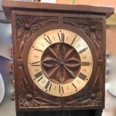 Relojes de pared: RELOJ ANTIGUO DE PARED MADERA TALLADA PESAS Y CAMPANAS - ARBOL GUERNICA. Lote 139483802