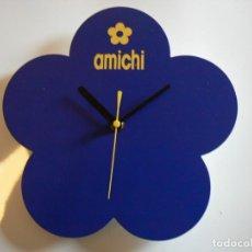 Relojes de pared: RELOJ DE PARED A PILAS PUBLICIDAD 'AMICHI'. FUNCIONANDO. 25 CMS.. Lote 140294510