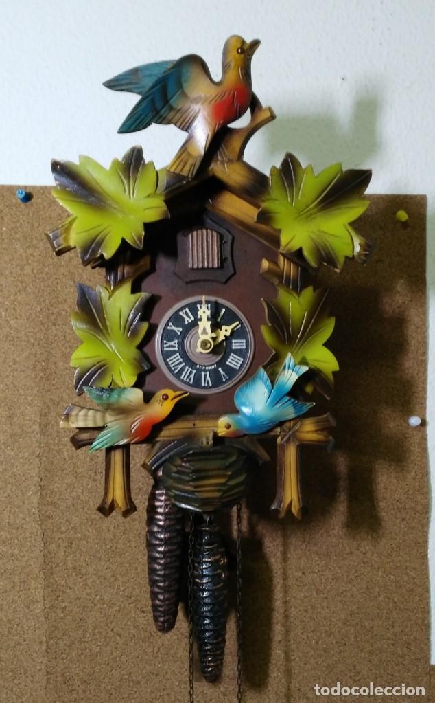 RELOJ DE CUCO DE LA SELVA NEGRA, MECÁNICO, MADERA TALLADA - FUNCIONA (Relojes - Pared Carga Manual)