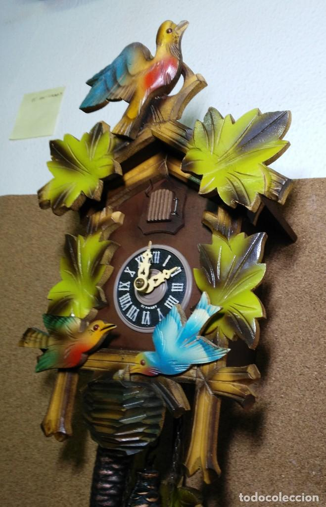 Relojes de pared: Reloj de Cuco de la Selva Negra, mecánico, madera tallada - Funciona - Foto 5 - 141033918