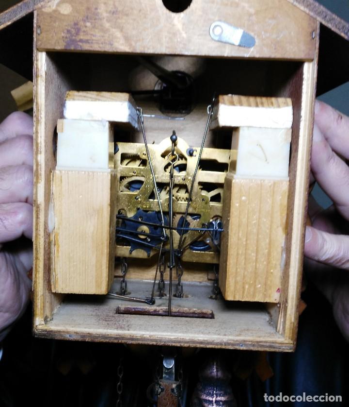 Relojes de pared: Reloj de Cuco de la Selva Negra, mecánico, madera tallada - Funciona - Foto 7 - 141033918