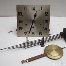 Relojes de pared: ESTUPENDA MAQUINARIA 8 MARTILLOS FUNCIONA. Lote 143430008