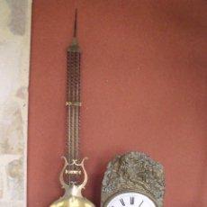 Relojes de pared: ¡¡GRAN OFERTA!!! ANTIGUO RELOJ MOREZ DE PESAS PENDULO DE LIRA -AÑO 1870- LOTE 141. Lote 142226830