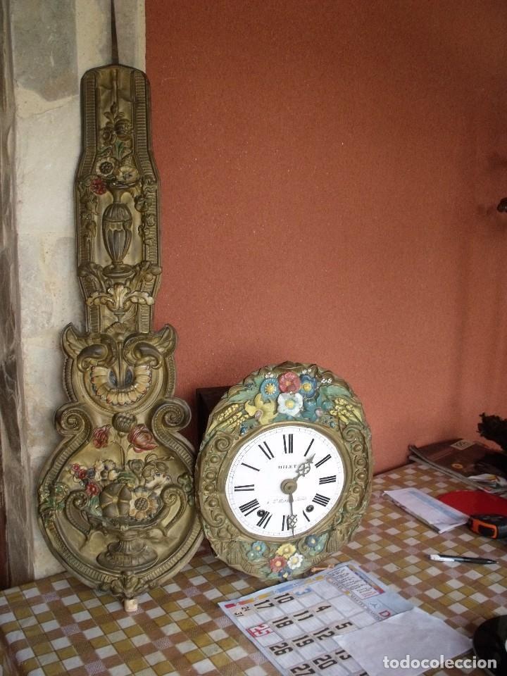 Relojes de pared: ¡¡¡GRAN OFERTA !!!PRECIOSO RELOJ MOREZ PESAS POLICROMADO- AÑO 1890-FUNCIONAL-REPITE HORAS-LOTE 142 - Foto 2 - 142234846