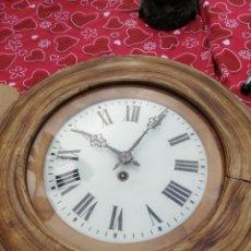 Relojes de pared: ANTIGUO RELOJ OJO DE BUEY REDONDO SIGLO XIX. Lote 143055762