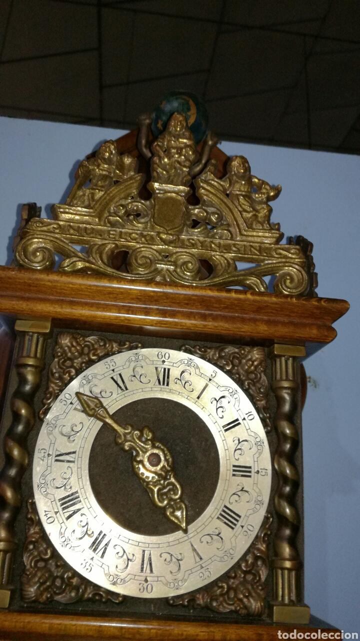 Relojes de pared: Reloj holandés funcionando muy bonito con caja de roble - Foto 3 - 144120086