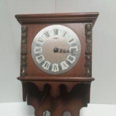 Relojes de pared: RELOJ COLGAR DE CUERDA. Lote 145110496