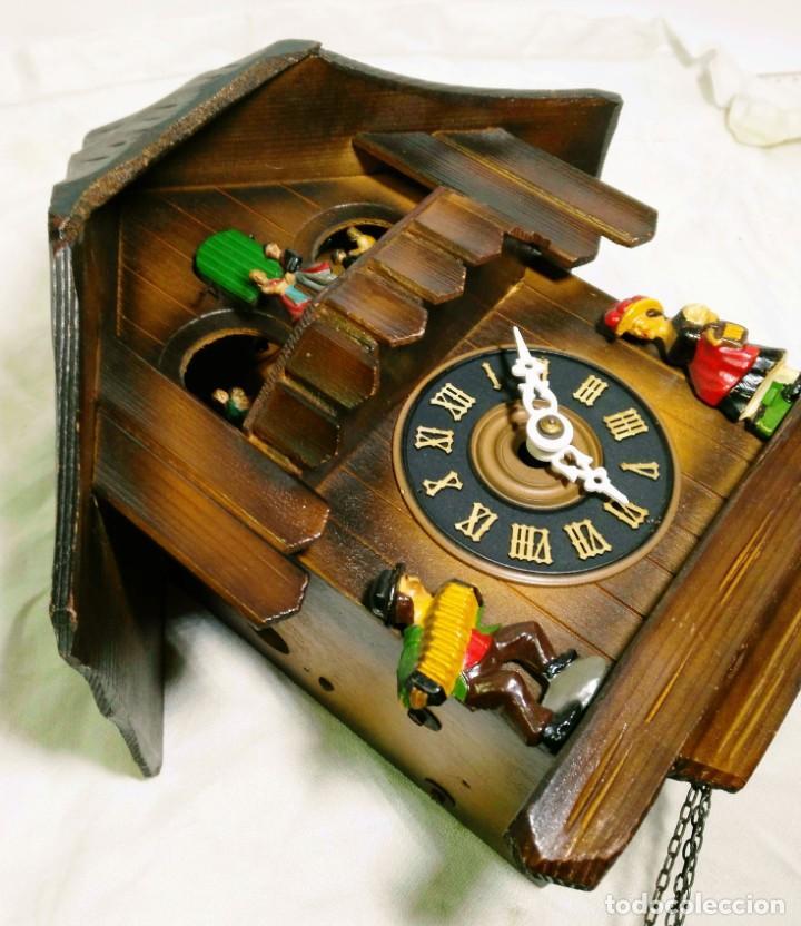 Relojes de pared: Reloj mecánico de Cuco de la Selva Negra, carrusel musical, madera tallada - Foto 5 - 145855302