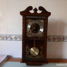 Relojes de pared: RELOJ - FOTO 546- CON PENDULO Y REPIQUE- MARCA PONTINA. Lote 146504710