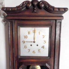 Relojes de pared: ANTIGUO RELOJ DE PARED S.XX. Lote 147211086