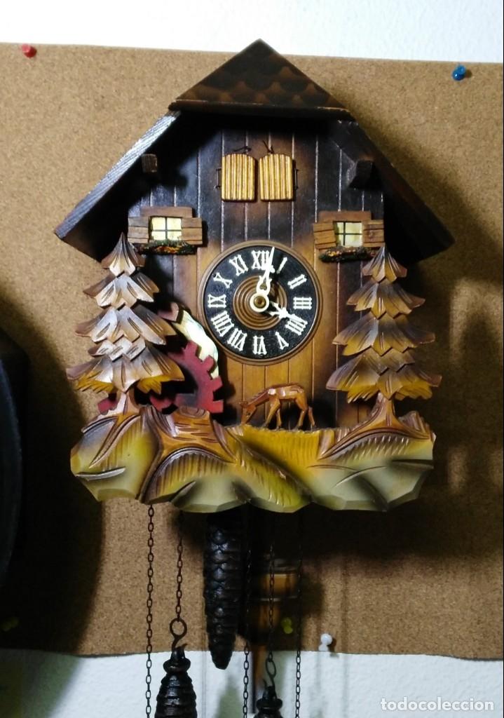 RELOJ DE CUCO MUSICAL DE LA SELVA NEGRA, MECÁNICO, MADERA TALLADA (Relojes - Pared Carga Manual)