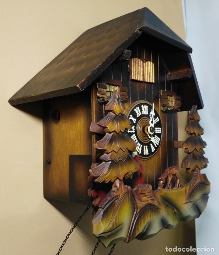 Relojes de pared: Reloj de Cuco Musical de la Selva Negra, mecánico, madera tallada - Foto 2 - 145742542