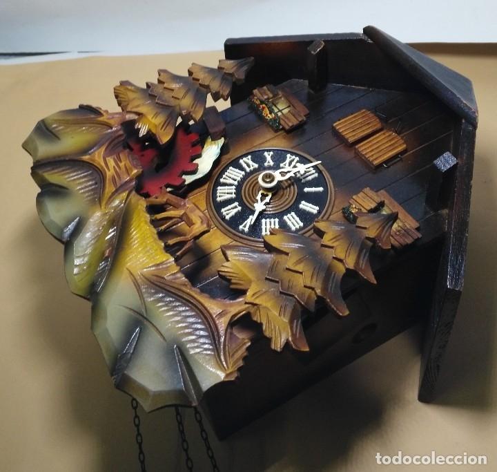 Relojes de pared: Reloj de Cuco Musical de la Selva Negra, mecánico, madera tallada - Foto 4 - 145742542