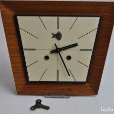 Relojes de pared: RELOJ ALEMÁN. Lote 147819046