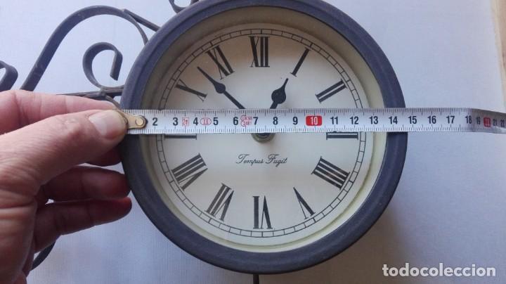 Relojes de pared: RELOJ DE PARED DE ESTACIÓN FERROVIARIA TEMPUS FUGIT DOBLE CARA CON TERMÓMETRO. - Foto 11 - 147939302