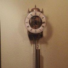 Relojes de pared: BONITO RELOJ ESQUELETO DE METAL,7- 8 DÍAS DE CUERDA TEMPUS FUJIT.. Lote 147940690