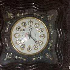 Relojes de pared: RELOJ DE PARED FUNCIONANDO MUY BONITO ES DE OJO DE BUEY. Lote 148007789