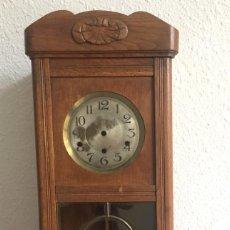 Relojes de pared: RELOJ DE PARED PARA RESTAURAR ,73 CM DE ALTO. Lote 148035614