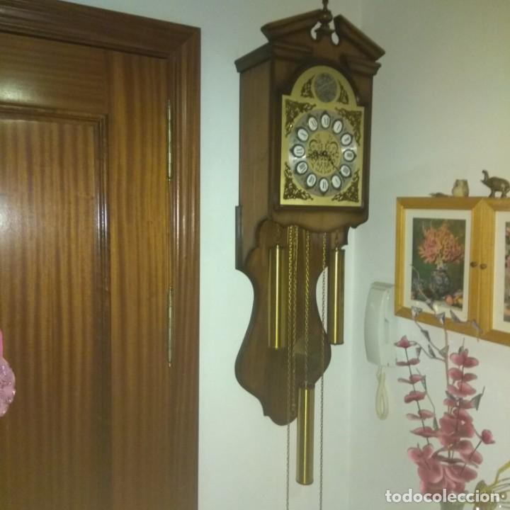 Relojes de pared: RELOJ DE PARED TEMPUS FUGIT FUNCIONA CORRECTAMENTE - Foto 2 - 150103154