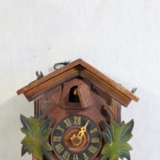 Relojes de pared: RELOJ CUCO DE MADERA PARA RESTAURAR. Lote 153902316