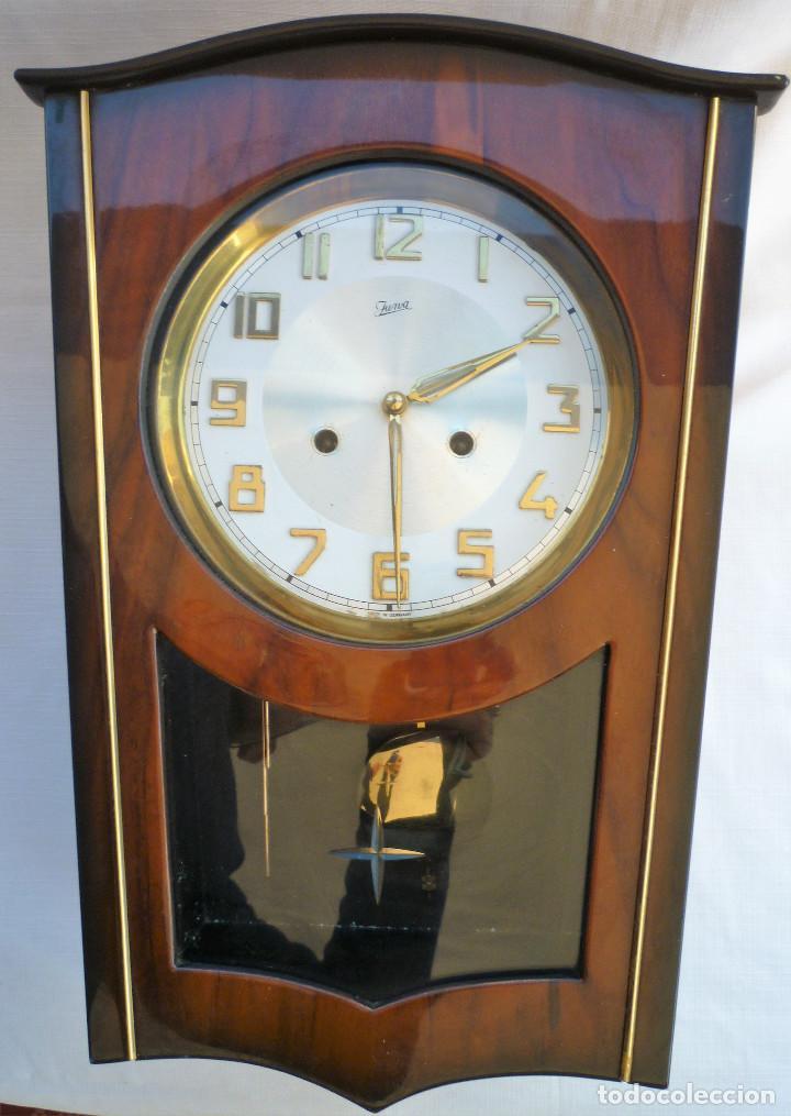 Relojes de pared: RELOJ DE PARED MARCA JUNVA MADE IN GERMANI - COMPLETO – CRISTAL TALLADO - Foto 5 - 153689786