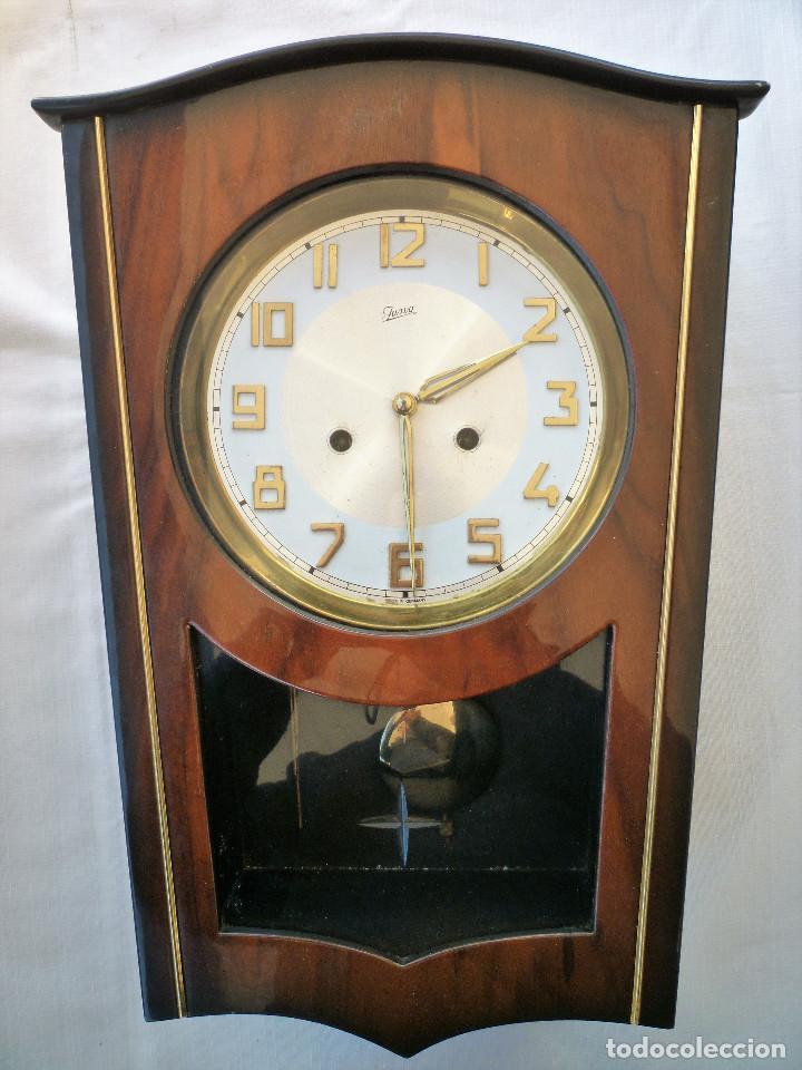 Relojes de pared: RELOJ DE PARED MARCA JUNVA MADE IN GERMANI - COMPLETO – CRISTAL TALLADO - Foto 6 - 153689786