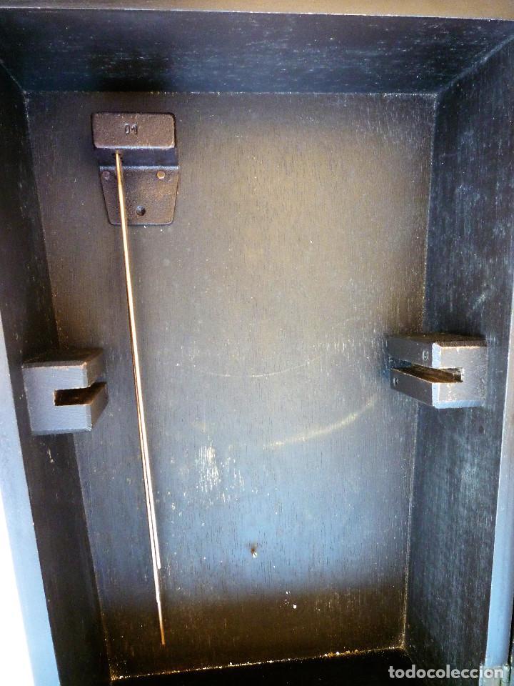 Relojes de pared: RELOJ DE PARED MARCA JUNVA MADE IN GERMANI - COMPLETO – CRISTAL TALLADO - Foto 12 - 153689786