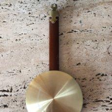 Relojes de pared: ANTIGUO PÉNDULO DE RELOJ. Lote 153933260