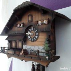 Relojes de pared: ORIGINAL Y GRAN RELOJ DE CUCO SELVA NEGRA, AUTÓMATA DE MÚSICA, FIGURAS MOVIBLES. Lote 154442834