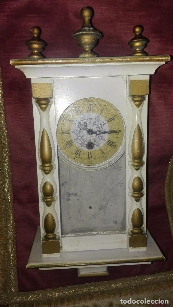 RELOJ DE PARED CARGA MANUAL.REPÚBLICA DEMOCRÁTICA ALEMANA.AÑOS 70-80 (Relojes - Pared Carga Manual)