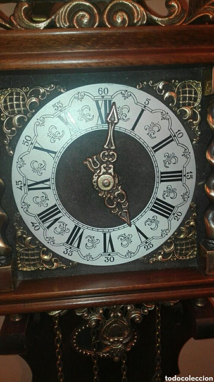 Relojes de pared: ANTIGUO RELOJ DE PARED, HOLANDES, EL MÁS GRANDE DE SU SERIE, ESTÁ COMPLETO Y FUNCIONANDO. - Foto 8 - 155757850