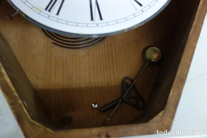 Relojes de pared: RELOJ DE PARED DE OJO DE BUEY PINTADO A MANO FUNCIONA CORRECTAMENTE - Foto 8 - 155998766