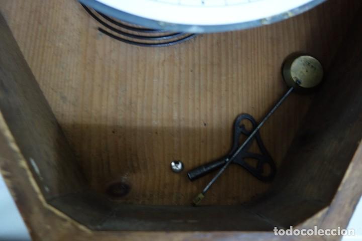 Relojes de pared: RELOJ DE PARED DE OJO DE BUEY PINTADO A MANO FUNCIONA CORRECTAMENTE - Foto 9 - 155998766