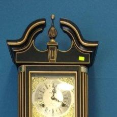 Relojes de pared: RELOJ YOHAN CON PENDULO. Lote 158749050
