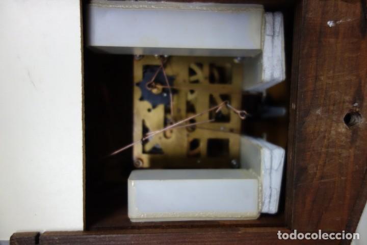 Relojes de pared: RELOJ DE CUCO DE MEDIADOS DEL SIGLO XX FUNCIONA CORRECTAMENTE - Foto 3 - 159251258