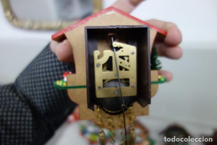 Relojes de pared: RELOJ DE CUCO DE MEDIADOS DEL SIGLO XX FUNCIONA CORRECTAMENTE - Foto 2 - 159255902