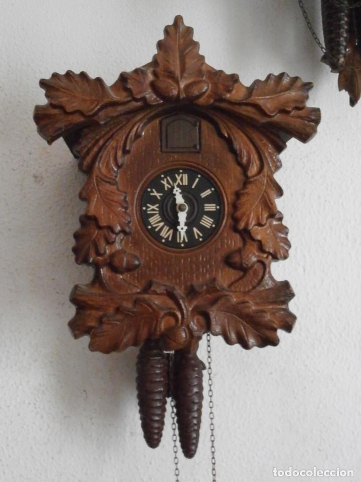 RELOJ ANTIGUO DE PARED ALEMÁN CUCU CUCO PÉNDULO FUNCIONA CON PESAS DE LA ALEMANIA ORIENTAL COMUNISTA (Relojes - Pared Carga Manual)