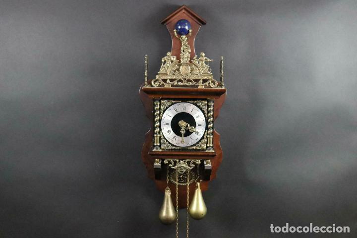 ANTIGUO RELOJ PARED PESAS PENDULO SONERIA MADERA LATON FUNCIONANDO (Relojes - Pared Carga Manual)