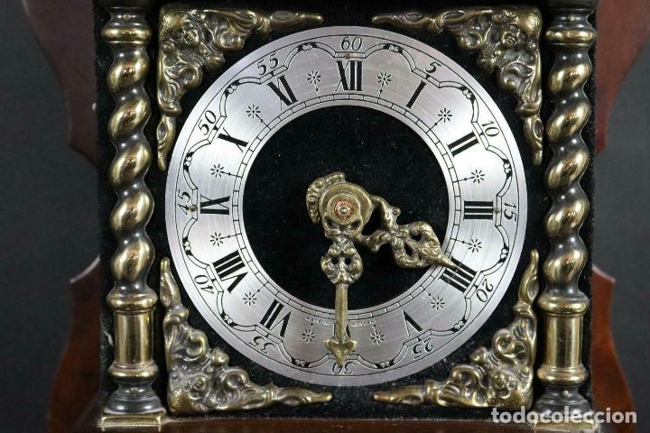Relojes de pared: ANTIGUO RELOJ PARED PESAS PENDULO SONERIA MADERA LATON FUNCIONANDO - Foto 2 - 162232634