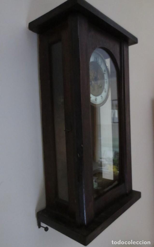 Relojes de pared: RELOJ DE PARED DE CARGA MANUAL - 55 X 28 X 15 cm . MUY ANTIGUO. - Foto 6 - 162306886