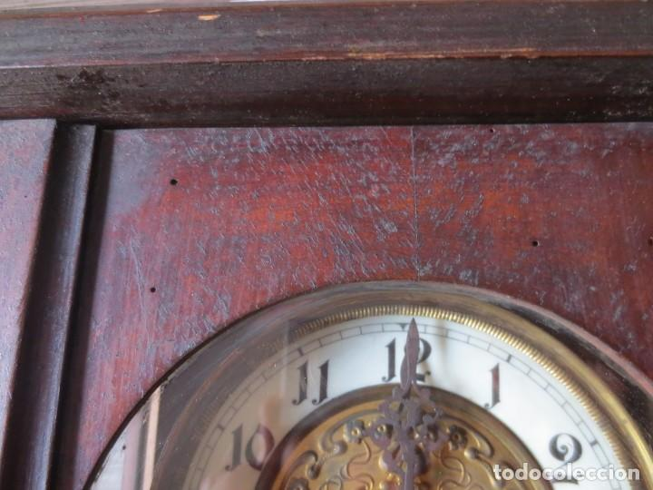 Relojes de pared: RELOJ DE PARED DE CARGA MANUAL - 55 X 28 X 15 cm . MUY ANTIGUO. - Foto 11 - 162306886