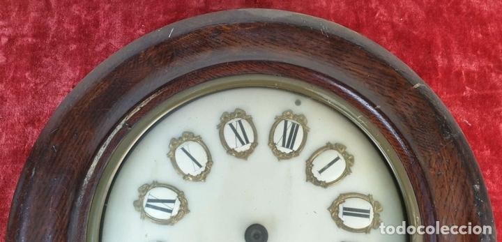 Relojes de pared: RELOJ DE PARED. ESTILO ISABELINO. OJO DE BUEY. MADERA Y METAL. SIGLO XIX-XX. - Foto 3 - 164575246