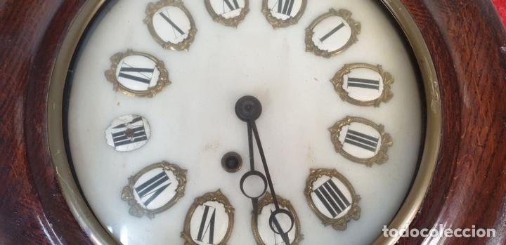 Relojes de pared: RELOJ DE PARED. ESTILO ISABELINO. OJO DE BUEY. MADERA Y METAL. SIGLO XIX-XX. - Foto 7 - 164575246