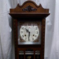 Relojes de pared: RELOJ PARED FRONTIER CARGA MANUAL. Lote 164839830