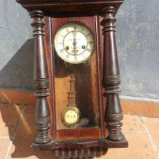 Relojes de pared: RELOJ PARED UGHANS.J PENDULO.. Lote 165628978