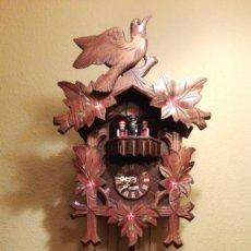 Relojes de pared: RELOJ CUCU-CUCO CON CARRUSEL MUSICAL .GERMANY(SELVA NEGRA).TOTALMENTE MECÁNICO Y FUNCIONANDO BIEN.. Lote 165673578