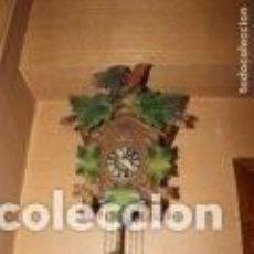 Relojes de pared: RELOJ, CUCO, CUCU, SELVA NEGRA, AÑOS 60 - FUNCIONANDO. Lote 166050390