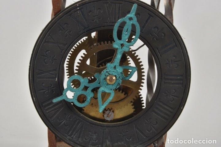 Relojes de pared: ANTIGUO RELOJ ESQUELETO EN HIERRO Y LATÓN FUNCIONANDO - Foto 2 - 166211618